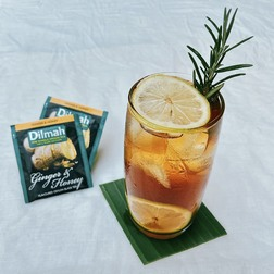 Ginger honey lemon tea breezy