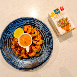 Grilled Prawns with Dilmah Rooibos, Moringa, Chilli, Cocoa, Cardamom Tea and Chilli Mayonnaise